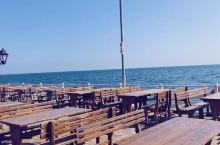 这里是里海边,世界上最大的内陆湖。这里的人不怎么吃海鲜,最多就是几条鱼,让我这个海鲜爱好者感到不满足