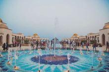 处于非洲东北部的埃及 也有着一处世界顶级的潜水圣地 它就是被称为『欧洲人后花园』的赫尔格达 赫尔格达