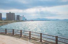 春天去旅行系列~坐船去看濑户内海艺术祭  日本四国的濑户内海,每隔三年就会举办一次盛大的国际艺术祭,