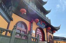 圆津禅院,位于朱家角古镇里河边临河最宽处,视野开阔;禅院始建于元代,已有快700年的历史,内奉观音菩