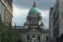 贝尔法斯特市政厅,市中心的绿色穹顶建筑,原本没有计划走到里面去,进去之后就被大理石的装潢惊到了,非常