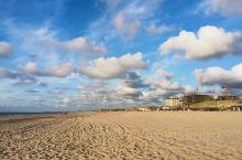 今天雨过天晴的Kijkduin海滩。