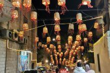 打卡约旦安曼的网红街彩虹街,是此地相当于香港的兰桂坊,上海的南京路,很热闹,很有异域风情,也很小资,