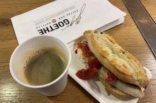 法兰克福机场转机,顺便吃个早餐。