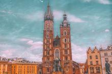 波兰旅行   一场完美的夏日克拉科夫之旅   【关于克拉科夫】:克拉科夫(Krakow),是波兰第二