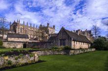 "初始英国-牛津文明 牛津大学(University of Oxford),简称""牛津""(Oxford"