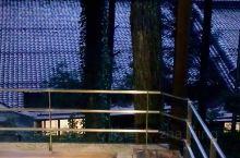 下吕温泉,与有马温泉、草津温泉并称为日本的三大名泉。很多酒店都有氛围很好的足汤,不可错过。