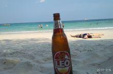 最好的海滩莫过于WAI BAY ,可与马尔代夫的水质相当。
