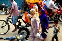老德里是印度首都新德里的一部分。 它建设开始于1639年,当时莫卧儿皇帝决定将首都从阿格拉转移到一个