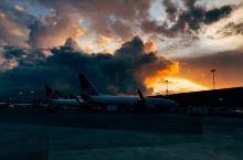 机场工作,傍晚拍摄,喷火
