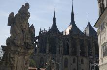中波西米亚重镇,库特纳霍拉的旧城1995年被联合国教科文组织列为世界文化遗产。著名的入骨教堂和圣巴巴