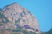 江南第一悬空寺,700年不倒,离杭州市区仅一个半小时 五一小长假,可以考虑去有江南第一悬空寺的大慈岩