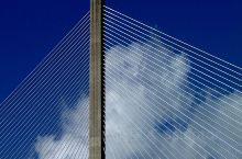 巴拿马运河的蓝天白云