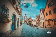 """童话小镇罗滕堡,浪漫之路的起点 罗滕堡的德文含义是""""红色城堡"""",城内房子屋顶大多暗红色,小尖顶,木质"""