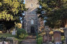中世纪的精美教堂——圣马丁大教堂  其实到现在为止一些大大小小的额教堂也都看过许多了,一些常规的教堂
