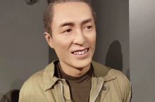 上海杜莎夫人蜡像馆是上海的一个景点。 上海从全球三十几个候选城市中脱颖而出,成为全球第6座杜莎夫人蜡