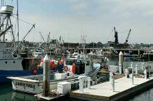 《2109暑期北美亲子之旅》第三站:圣地亚哥  圣地亚哥游轮码头:太小了,发个小视频......