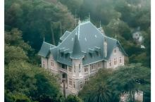 梦中城堡-辛特拉 辛特拉是里斯本北郊的一座小镇,空气新鲜,风景优美,上图是我这次在辛特拉一个意外的收