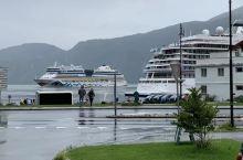 哈当厄尔峡湾(Hardangerfjord)位于挪威西部中心地区的霍达兰(Hordaland)郡。哈