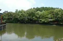 横店清明上河图景点介绍: 场景与节目—— 清明上河园是一座大型宋代文化实景主题公园,是横店影视城一个
