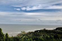 葫芦岛的笔架山还是挺好的,天桥石子路可以走走,可以抓很多小螃蟹和一些螺累!兴城的龙回头也是不错的,就