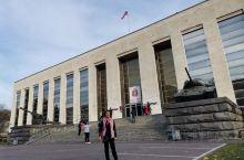 俄罗斯中央历史博物馆又名俄罗斯武装力量博物馆,由于庆祝十月革命100周年,博物馆才对公众开放参观,能