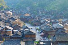 黄岗侗寨,位于贵州省黔东南州黎平和从江两个县交界的地带,由于它藏在小黄侗寨五公里之外,交通闭塞,少有