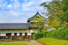 【福冈城,舞鹤公园攻略】 详细地址:福冈城就在舞鹤公园内,护国神社对面,靠近大濠公园。  交通攻略: