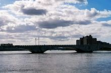 """来,跟着我们,一起去看, 新潟县·日本  ,新泻市,城市地标建筑,"""" 万代桥  """"!万代桥,已是第三"""