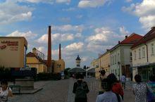 东欧六国游  捷克站  皮尔森   啤酒博物馆。 博物馆处有一Restaurant. 我们在那里吃了