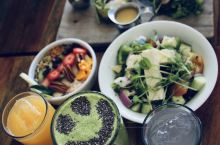 图卢姆不能错过的一家有灵魂有颜值有仪式感的轻食店  在自驾Yucatán半岛的时候,图卢姆这家轻食店