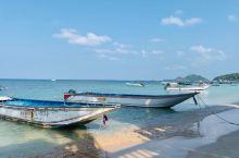 这里是涛岛上最大的一处海滩,整个海滩的沙质非常的细软,走在上面非常的舒服。海滩的海水也十分的清澈。这