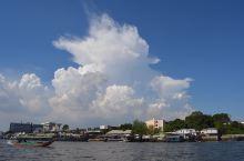 """曼谷 泰国的""""佛教之都"""",融合东西方文化、包罗万有的""""天使之城""""。泰国人称曼谷为""""军贴"""",意思是""""天"""