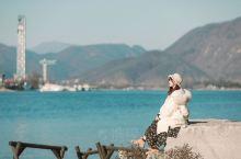 一篇教你玩转南怡岛 南怡岛位于韩国江原道和京畿道的分界线,坐落在从首尔往春川方向63公里处,是因修建