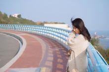自驾漳州小众环岛公路|小清新的出片胜地  苏峰山路,网红公路,很多人都是冲着那段蓝色临海大桥去的,可