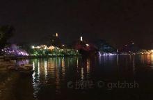 2020-2-8日,广西柳州市百里柳江。在新冠疫情肆虐之际美丽的柳江步行道基本没有人在行走,在家自我