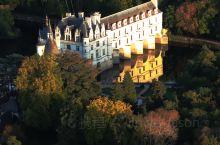 女人堡~妩媚动人的舍农索城堡  在城堡无数的卢瓦尔河谷,唯一建在水上舍农索城堡是最富浪漫情调的一座,