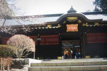 离仙台市中心不远,漫步走过广濑川,来到青叶山,瑞凤殿座落于此。 瑞凤殿为供奉日本历史上仙台藩主,著名