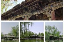 【榆次老城西花园】 西花园位于榆次老城东大街北侧,与财神庙毗邻,花园呈长方形,北部叠石为山,中间为一