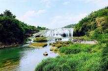 多彩贵州,美在它不断给你惊喜。 各种美食美景满足所有需求、 所以生活里、我们还是应该洒脱一些、 想吃