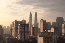 马来西亚打卡,感觉还好。没有过多往景点去游览,以至于不能用太多的言语来描述这一次的旅行过程。期间有走