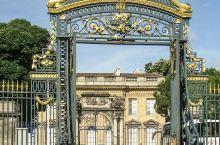 波尔多市立美术馆是一座悠久的美术展馆,这座建筑已经有100多年的历史,在这里展示了许多法国和欧洲著名