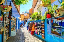 蓝色小城舍夫沙万。  摩洛哥拥有众多世界有名古城,不论是马拉喀什还是非斯,这些古城魅力深深吸引着世界