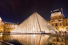 本来只想欣赏下夜晚的卢浮宫然而却被不远处的摩天轮吸引了注意,额外高空欣赏了巴黎夜景最后下来又误打误撞