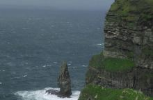 风太大,一定要注意安全!无需带雨伞!带一件防水外套,爱尔兰的雨前后不超过1分钟