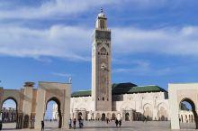 运说好不能进去的清真寺,跟着当地人拍到几张内景照,