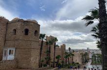 乌达雅堡拉巴特著名打卡圣地,因拍碟中碟5被国人熟识。城堡依海而建,城墙始建于十二世纪,后十七、十八世