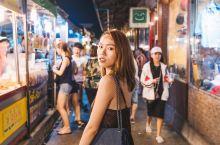 曼谷|拉查达火车夜市 今年拉查达火车夜市给我的体验非常的不好,现在变成了旅行团必去的打卡景点之一,想