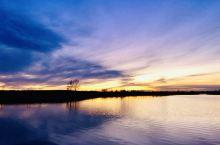 旁晚.安宁的湖边