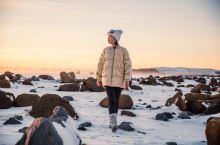 有空组队去旅拍呀! 还记得一月份我发的冰岛的花絮吗?终于抽空修出来一组成片了。最近闲在家里,但是微博